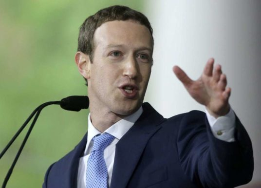 Zuckerberg nears end of US tour, wants to boost small biz